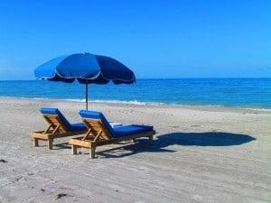beach-382488_640-300x225.jpg