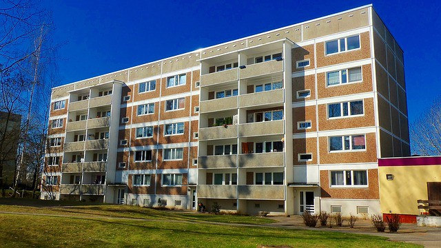 apartment building syndication